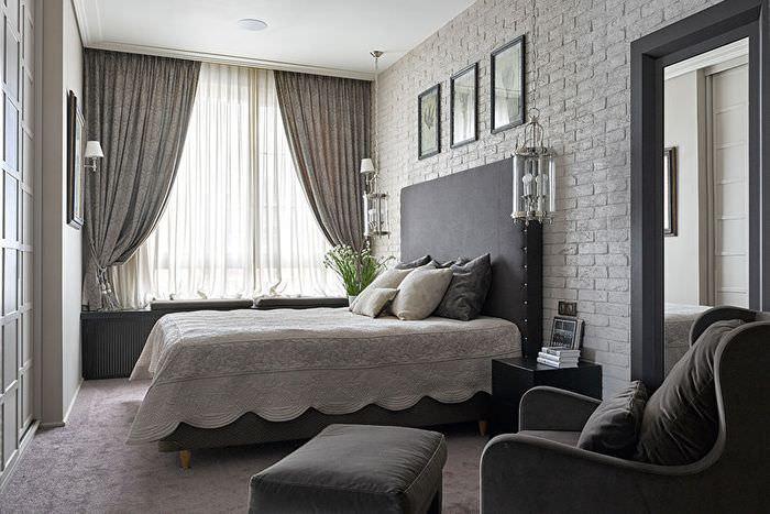 Дизайн серой спальни в трехкомнатной квартире