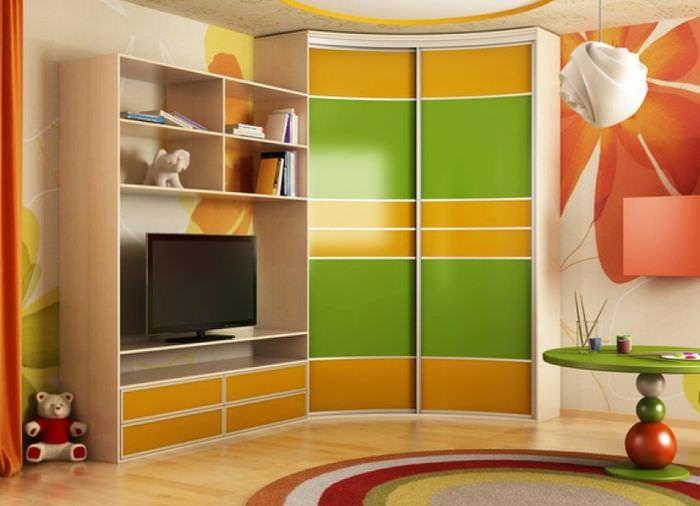 Набор детской мебели с угловым шкафом