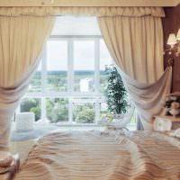 Итальянские шторы из плотной ткани бежевого цвета