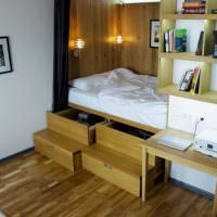 Подиум для кровати с выдвижными ящиками
