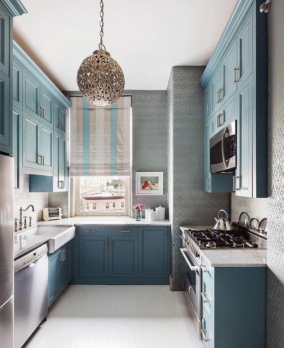 Интерьер узкой кухни П-образной планировки