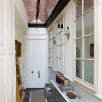 Узкий коридор в сельском доме