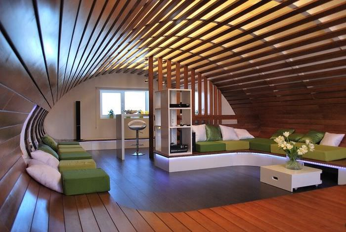 Дизайн гостиной с закругленным потолком