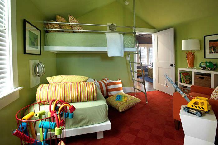 Зеленые стены в детской комнате