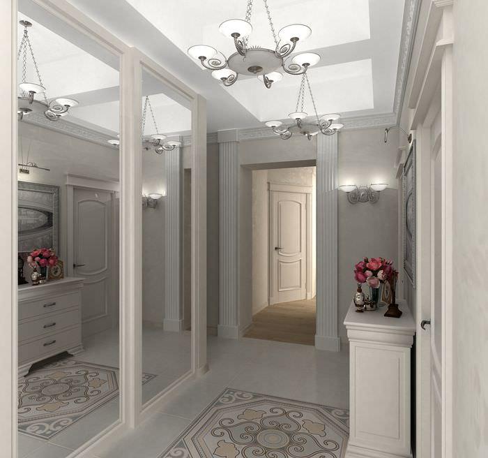 Зеркальные стены в интерьере коридора