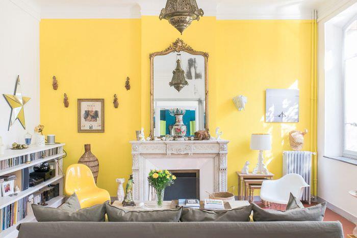 Интерьер гостиной в светло-желтом цвете