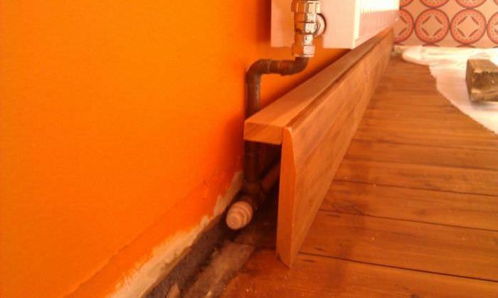 Маскировка труб отопления в деревянном коробе
