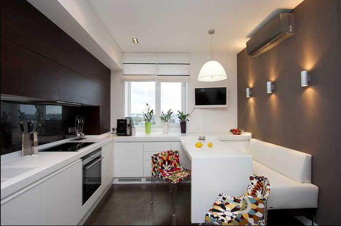 Интерьер кухни 14 кв м с диваном