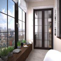 Дизайн благоустроенного балкона в трехкомнатной квартире