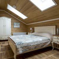 Дизайн спальни с мансардными окнами