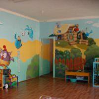 Рисунки на стене по мотивам мультфильмов
