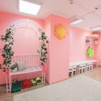 Декоративная пергола в детском саду