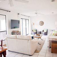 Дизайн белой гостиной в современном стиле