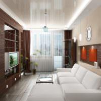 Белый диван в узкой гостиной
