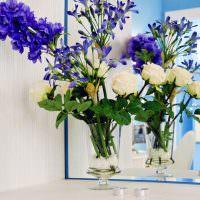 Букет из сиреневых и белых цветов