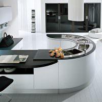 Дизайн кухни с дугообразным полуостровом
