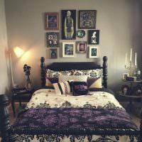 Деревянная кровать с фигурными ножками