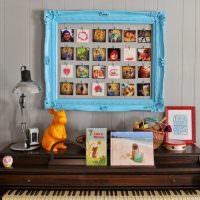 Картина из снимков в деревянной рамке