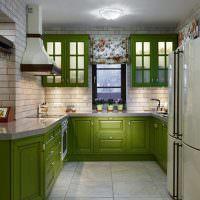 Отделка стен кухни керамической плиткой