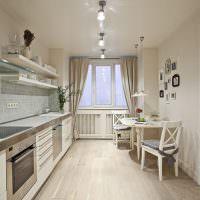 Дизайн вытянутой кухни с окном
