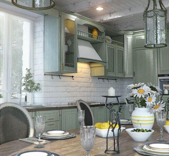 Интерьер кухни в деревенском стиле с белым камнем на стене