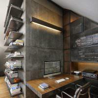 Открытые полки на серой бетонной стене