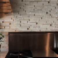 Кухонный фартук с рельефной поверхностью