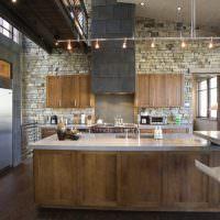 Кухня в стиле лофт в частном доме