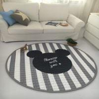 Теплый коврик круглой формы