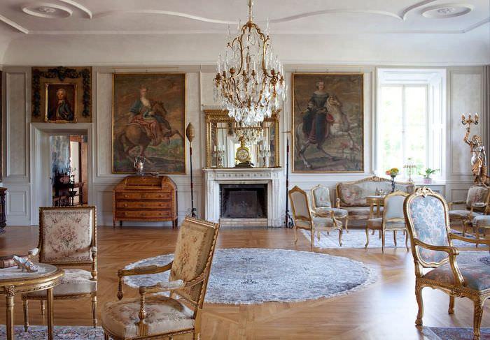 Декорирование ковром гостиной в стиле барокко