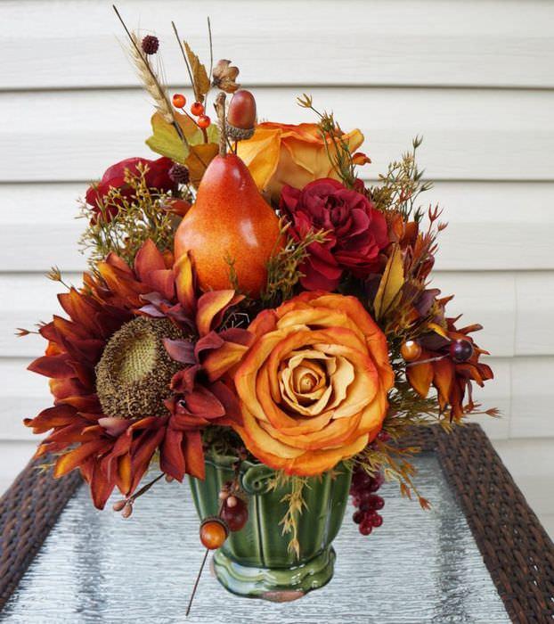 Осенний букет из пластиковых растений