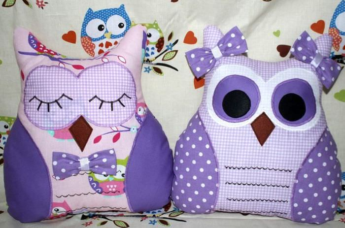 Две декоративные подушки в виде филинов