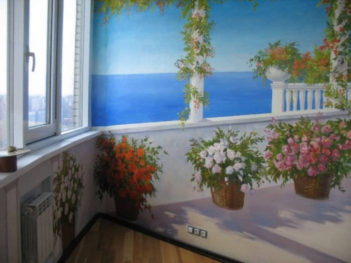 Украшение стен балкона художественной росписью