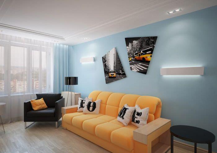 Желтый диван в современной гостиной