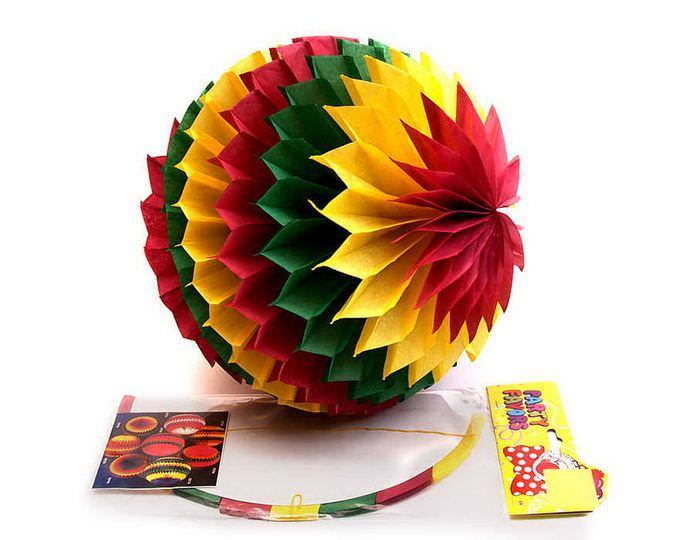 Готовый бумажный шар для декорирования комнаты