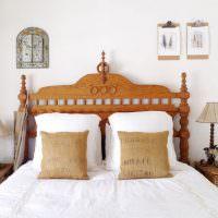 Декоративные подушки с наволочками из мешковины