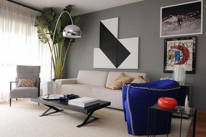 Интерьер гостиной в оттенках серого