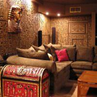 Египетские мотивы в оформлении интерьера комнаты