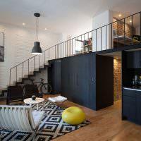 Черные шкафы в квартире стиля лофт