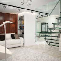 Лестница на больцах из стекла и металла