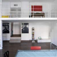 Дизайн современной квартиры с антресолью