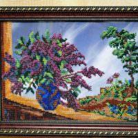 Картина с вышивкой цветными нитками