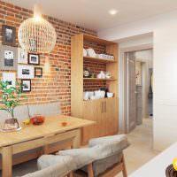 Кирпичная стена в кухне квартиры панельного дома