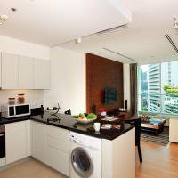 Кухонный полуостров с встроенной стиральной машинкой