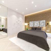 Дизайн спальни с большим зеркалом