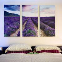 Триптих на стене современной спальни