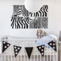 Детская кроватка для новорожденного в светлой комнате