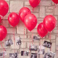 Красные шары с фотографиями ребенка