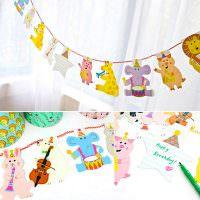 Гирлянда из бумажных фигурок для декора детской