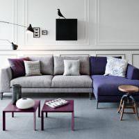 Угловой диван комбинированной расцветки